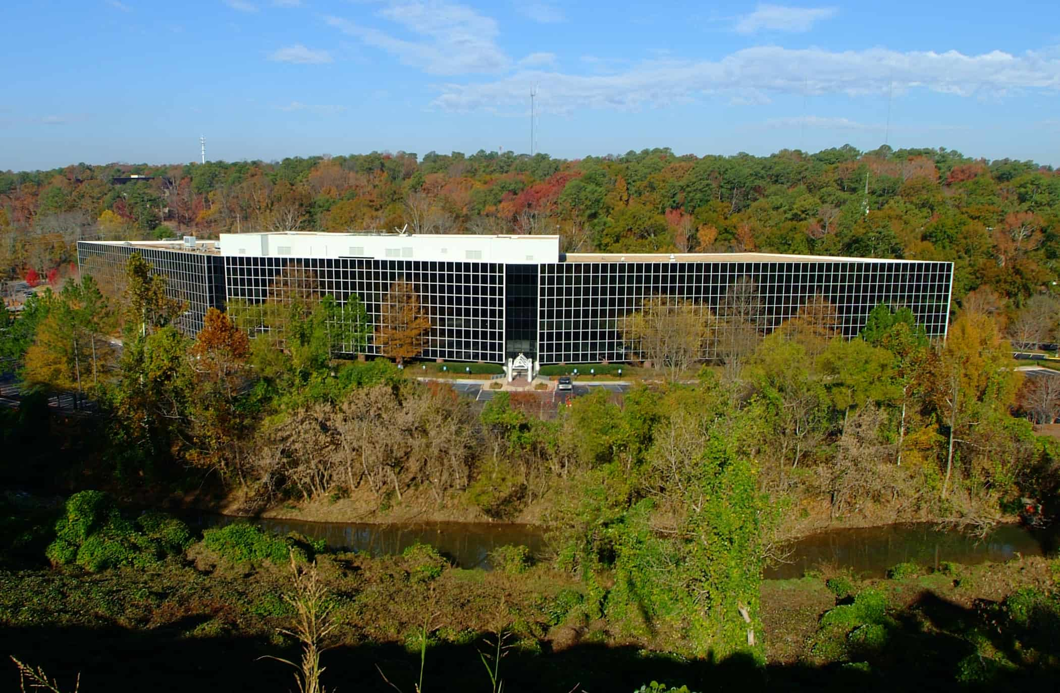 Southern Veterinary Partners relocates headquarters to Lakeshore Park Plaza